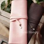 韓國小白花飾三折捲繩式皮質筆袋^(粉色^)/款式 出