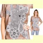 【摩達客】(預購) 美國進口ColorWear 長頸鹿 禪繞畫療癒藝術 環保短袖T恤