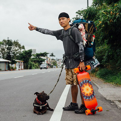 為愛,一人一狗走天涯-賴聖文