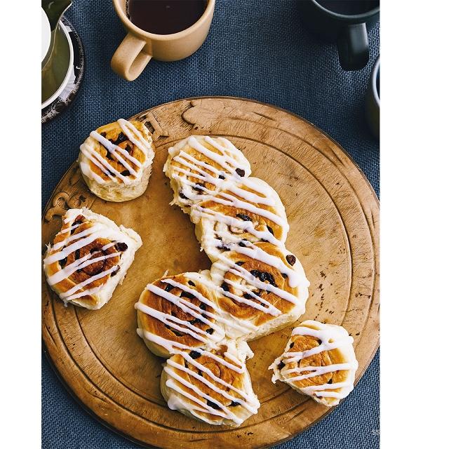 平底鍋烤出香軟手撕麵包:不需要烤箱&模具!新手也絕不失敗的配方,70分鐘搞定全家人的麵包!