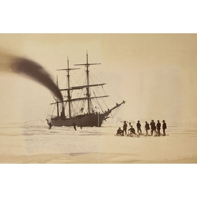 冰層裡的航線:探險家與掠奪者的千年北極史詩