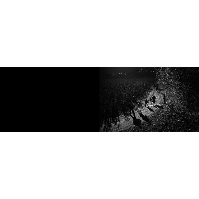 月球背面的逃難場景