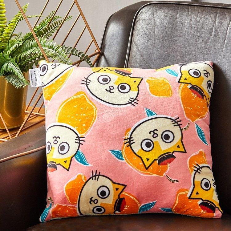 黃阿瑪-害羞粉(方型抱枕)