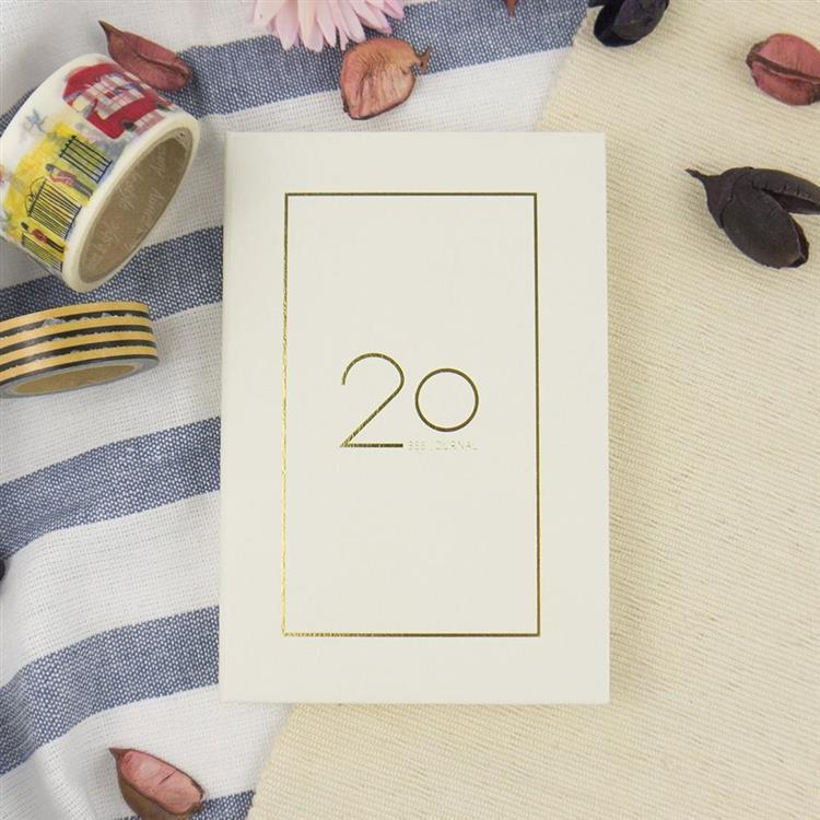 2020年25K奢樸軟背精裝橫式週誌-曙白