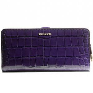 COACH漆皮鱷魚紋皮革長夾-深紫