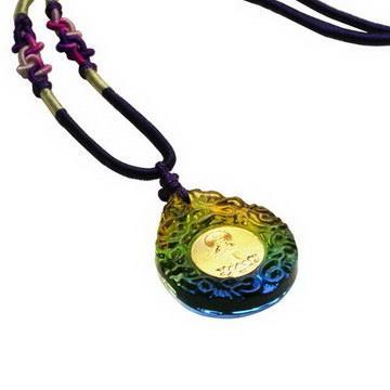【藏傳佛教文物】三色琉璃觀音精工項鍊 吊墜 護身符(PB-N00024)