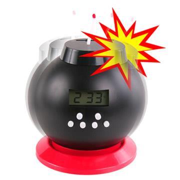 【福利品】MY-mono 儲金炸彈鬧鐘。紅色款