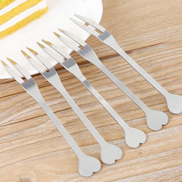 銀色小愛心不鏽鋼水果叉