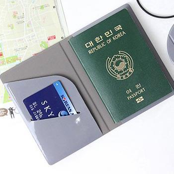 【FENICE】S size 耐衝擊護照套(灰)