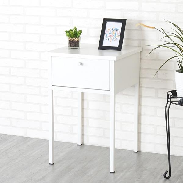 《YoStyle》諾伊鋼製床邊桌(象牙白)