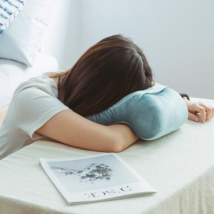 樂嫚妮 午安趴睡頸枕-海水藍
