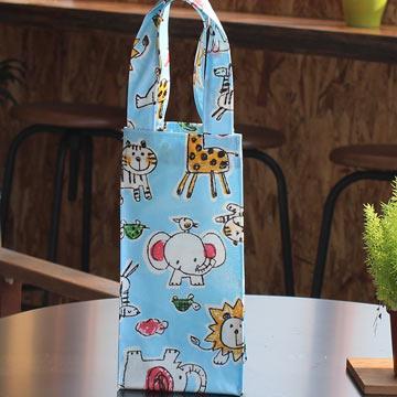 手繪可愛動物 防水四角水壺袋-天空藍