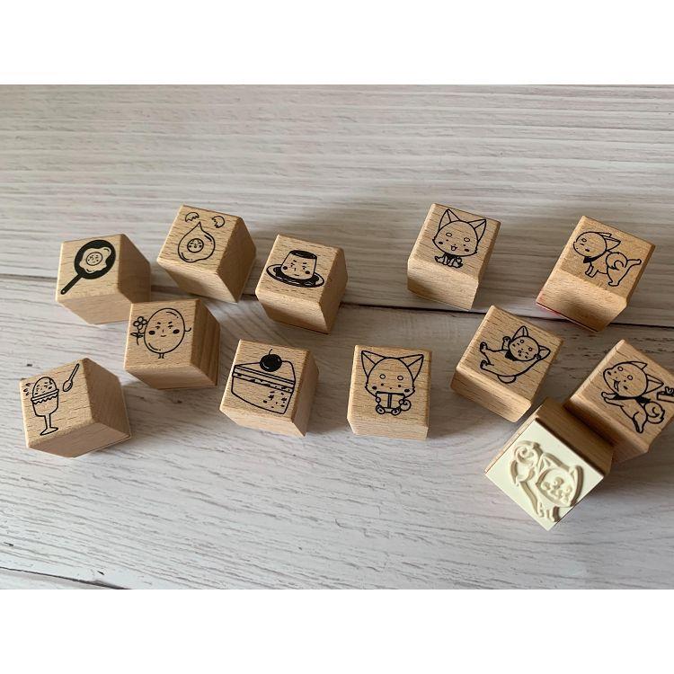 預購*雞蛋原創柴犬+雞蛋兩款一組 櫸木咖啡橡皮印章組(附上鐵盒貼紙包裝)