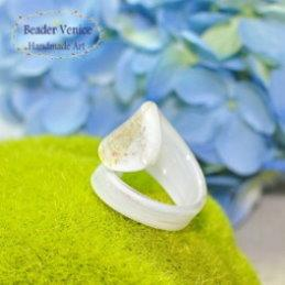 【彼得威尼斯】義式花瓣戒指-時尚白