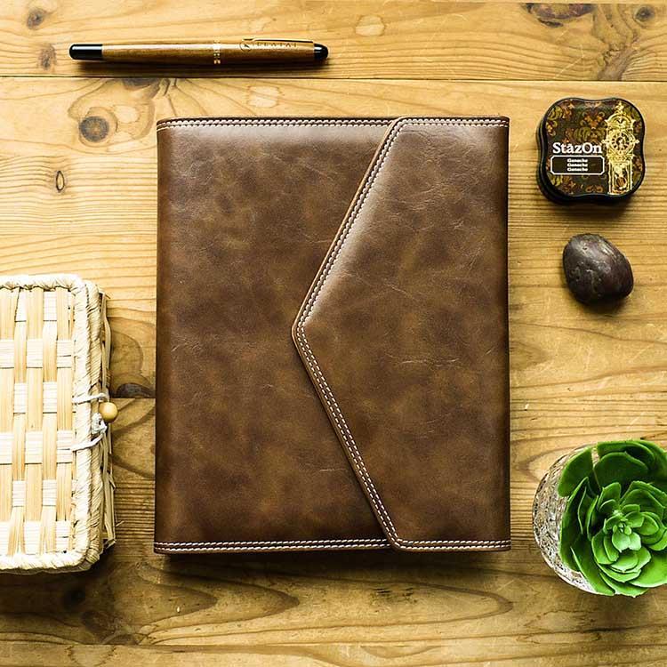 【Leatai 磊泰】復古信封包 25K活頁筆記本 + 介紙1.0內頁(鋼筆適用紙)