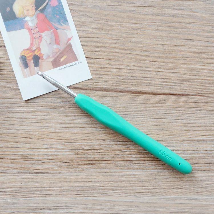 軟膠柄亮彩鉤針(4.5mm/7.5號)