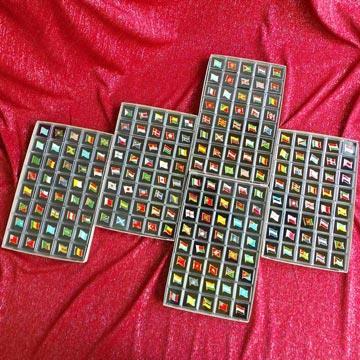 【國旗商品創意館】世界200款國旗徽章盒裝組合/胸章/胸針/別針/勳章/獎章