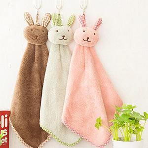 居家毛絨格子兔珊瑚絨可掛式擦手巾(隨機出貨)