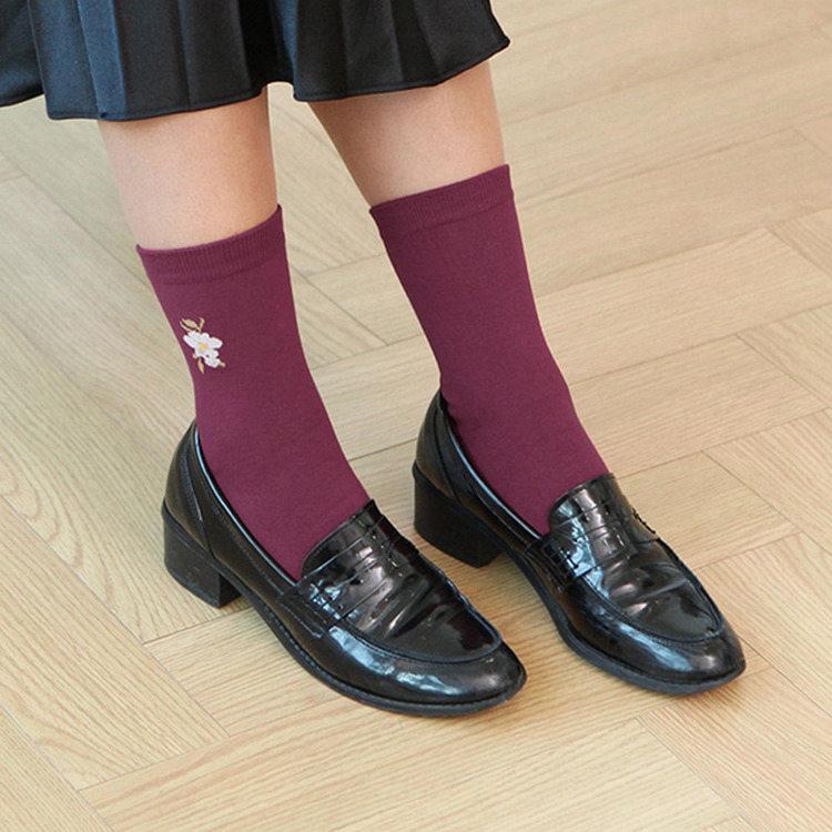 韓國GRACEBELL-女生的中筒襪01.紫紅色