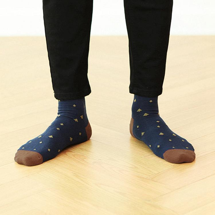 韓國GRACEBELL-男生的中筒襪01.深藍色
