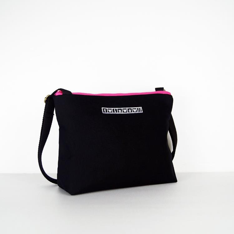 twinwow - 輕量行旅 - 細緻質感斜背包 - 黑桃紅